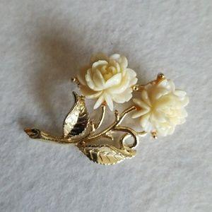 White ROSES on gold tone pin